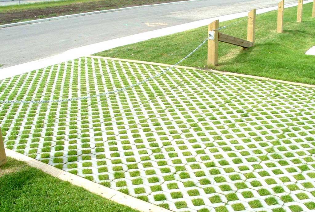 Купить бетонную газонную решетку