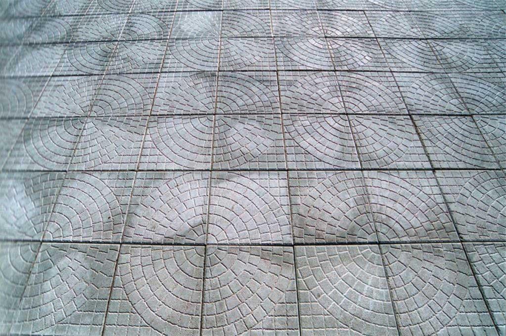 Вибролитая тротуарная плитка 'Паутина'