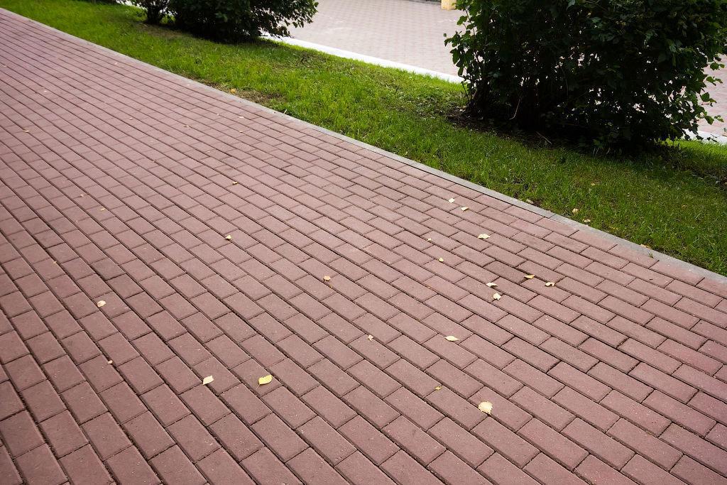 Вибропрессованная тротуарная плитка