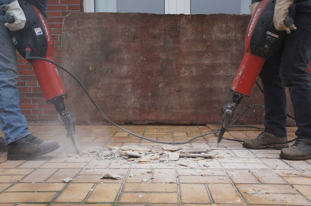 Работы по частичной или полной замене тротуарной плитки