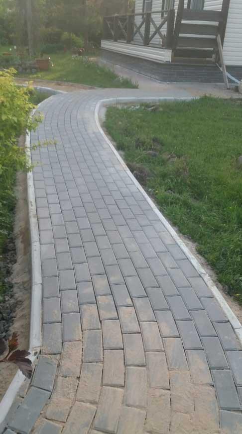 Работы по укладке тротуарной плитки